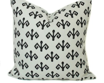 Outdoor pillow cover, 18x18, Outdoor throw pillow, Decorative pillow, Black and white pillow, Outdoor cushion, Toss pillow, Porch pillow