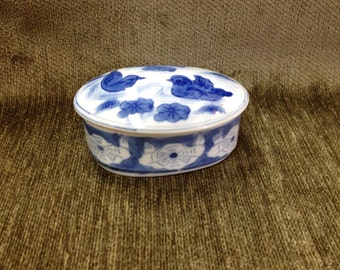 Blue on White Porcelain Trinket Box, Blue and White Ceramic Box, Oval Trinket Box, Oval treasure Box