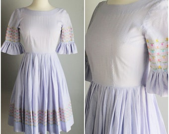Vintage 1950s Gingham Dress / Lavender Check Fit and Flare Party Dress / 50s Full Skirt Dress / Circle Skirt / Extra Small