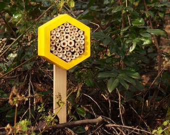 Wooden pole for Bee hotel