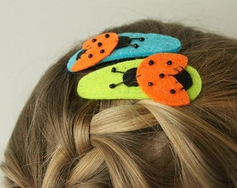 Felt hair clipS - blue and green hairclips - orange ladybugs