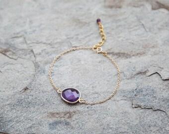 Amethyst Drop bracelet // bezel bracelet // layering bracelet // purple bracelet // minimalistic bracelet