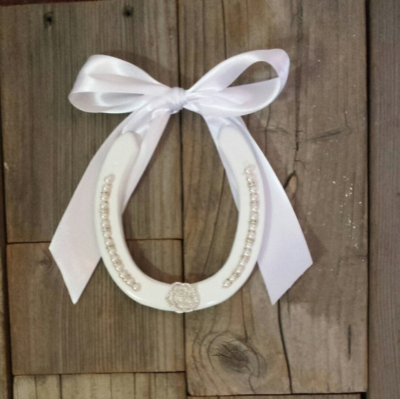 Horseshoe Wedding Gift: Wedding Horseshoe Tradition Wedding Gift By EECustomHorseShoes