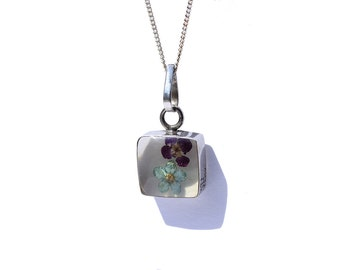 Sterling Silver Flower in Resin Pendant Necklace