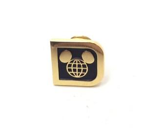 Walt Disney World Retro Vintage D Logo Management Cast Lapel Pin