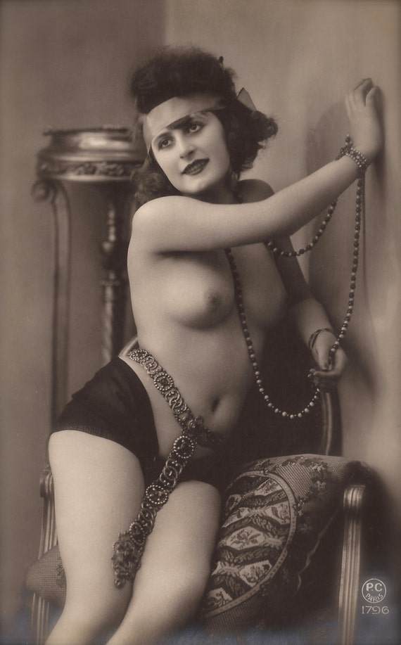 Amateur bdsm wife nude photos