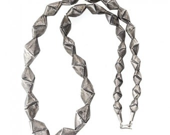 Necklace of Thailand Hill Tribe silver origami beads. (nlvs757cs)
