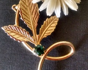 Vintage Daisy Floral Pin