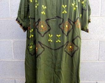 Vintage green indian style three quarter sleeve tunic dress
