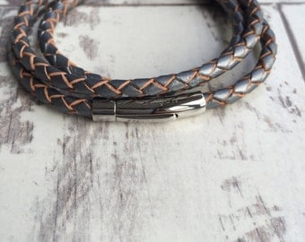 STUNNING BOLO leather WOMEN'S grey,pearl or black  leather wrap bracelet