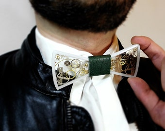 Resin  bow tie, steampunk bow tie with gears and cogs, men gift, steampunk weeding, White acryl bow tie, steampunk jewelry, resin bowtie