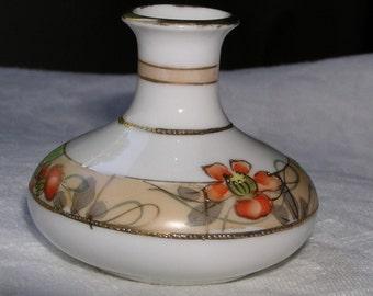 Morimura Miniature Vase circa 1911-1921