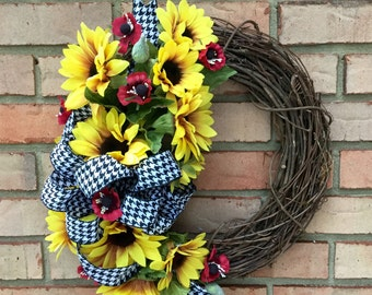 Front Door Wreath for Fall, Sunflower Wreath, Farmhouse Wreath, Country Flowers, Everyday Wreath, Black and White Houndstooth, Tuscan Decor
