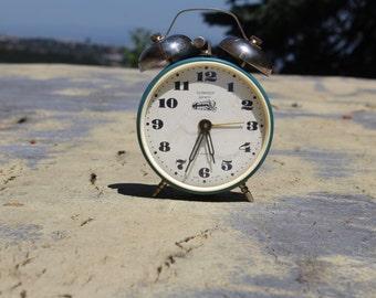 Alarm Clock Serkisof Garanti - Rare Russian Mechanical Clock - Large Retro Clock - Vintage Shelf Clock - Soviet Clock - Working Condition
