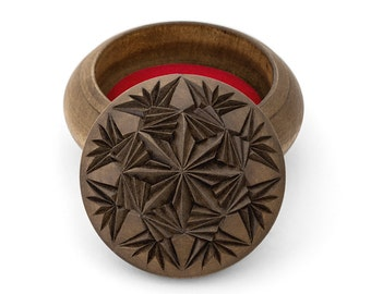Wooden box Round wooden box Wood box Jewelry box Ring box  Wedding gifts Wooden boxes  Jewellery box Wood carving schatulle Wood boxes
