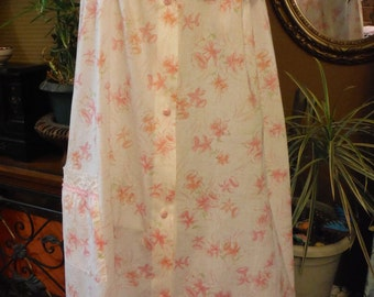 Vintage 1960 new Cotton Pink/Orange Tulip Lacy Nightgown