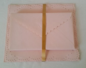 Vintage Delicate Embossed Pink Stationery Set