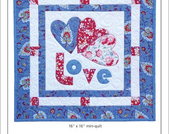 Lovely Hearts Mini Quilt Pattern