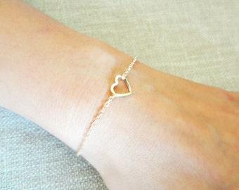 Heart Bracelet, Small Gold Open Heart Jewelry, Simple Dainty Charm Bracelet, Valentine Gift for Mom Sister Friend, Stocking Stuffer Under 15