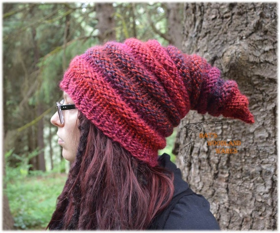 Elf Beanie Knitting Pattern : Elf Hat Incendio Pointed Knitted Beanie