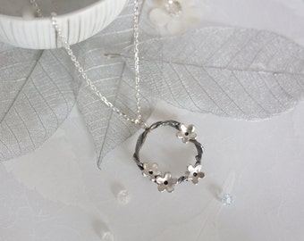Woodland Flower Circle Necklace, Silver Flower Necklace, Rustic Jewellery, Woodland Jewellery