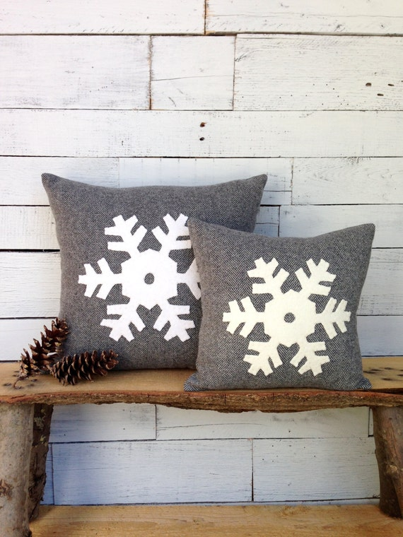 Christmas Pillow, Winter Decor Pillow, Snowflake Pillow, Rustic Christmas Pillow, Ski Lodge Decor, 12 inch or 16 inch square Pillow