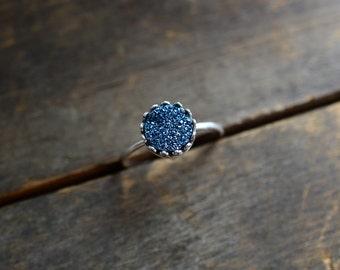 Blue Druzy Ring. Sterling Silver Blue Druzy Stone Ring. Blue Silver Drusy Quartz Crown Jewelry. Modern Stackable Drusy Quartz. Sterling Ring