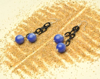 Cornflower Blue Vintage Lucite Moonglow Lightweight Dangle Earrings