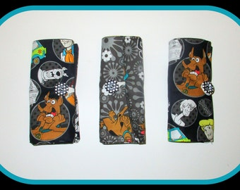 Scooby Doo Crayon/Pencil Roll Up Organiser {with button fastening}
