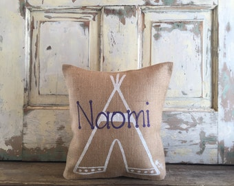 Burlap/Canvas Pillow - Personalized Teepee Pillow, Personalized Name pillow | Child's room decor | Nursery Pillow | Baby shower gift