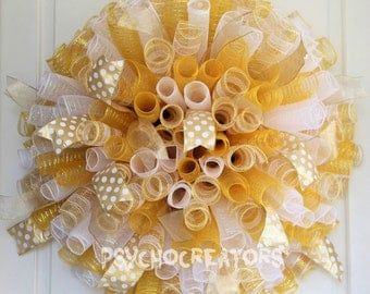 XL Gold White Curly Mesh Wreath – Wedding Spiral Deco Mesh Wreath - Elegant Winter Door Décor - Festive Wreath
