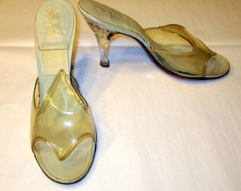 1950's Vintage Clear Carved Lucite Springolators from The Bottery, 41 West 34th Street, NYC, NY