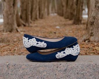 Low Navy Wedges, Blue Wedding Shoes, Low Wedges, Low Wedding Shoes, Bridal Shoes/Heels, Blue Wedges, Bridal Shoes with Ivory Lace. US Size 6