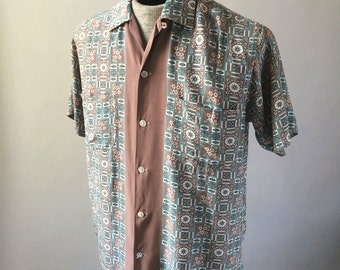 1940s Vintage Hawaiian Shirt Tiki Print Rayon Button-Up Duke Champion Kahanamoku