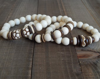 SALE White wood stretch bracelets with brown coconut wood, carved wood, bracelet set, beach chic, neutral, summer fashion, beach wedding