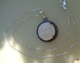 Silver necklace, diamond with Moon pendant, diamantnesetzt, very unusual