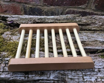 Wooden soap dish ladder, breathable allows soap to dry, prolongs the life of handmade soaps modern stylish wood bathroom tray accessories