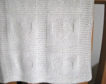 Baby blanket, Luxury soft wool - white, 60 x 65 cm, hand knitted