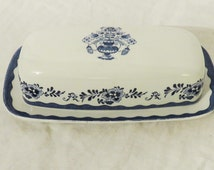 Johnson Brothers English Ironstone Covered Butter Dish, Stoke-On-Trent, Blue and White China, Holland Butter Dish, Blue White Decor