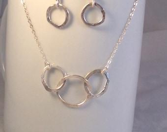 Sterling hammered circles set