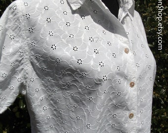 Vintage WHITE COTTON TOP, Embroidered Eyelet Lace, Hippie Peasant blouse, Boho Retro, short sleeves button-down shirt, sweet & delicate, m/L
