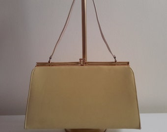 Vintage Yellow Handbag.