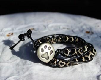 Leopard Print Agate Wrap Bracelet, Double Wrap Bracelet, Leather Bracelet, Cats Paw Print Button, Boho Bracelet, Gemstone Bracelet