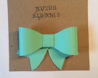 Mint faux leather bow