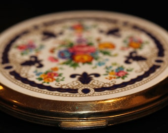 Vintage Stratton Make Up Compact