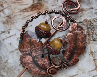 Copper brooch Oak with handmade lampwork bead - Shawl pin - Scarf pin