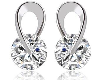 Hugging IOBI Crystals Diamond Stud Earrings