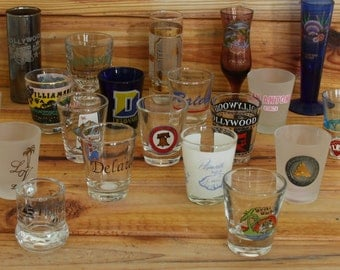 Shot Glasses Lot of 20 U.S Cities and States Shot Glasses. Lot number 12