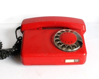 Red Vintage Rotary Phone from 1980