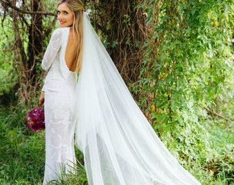 """The Krissie Veil - Two tier wedding veil, 3"""" wide at bind, 2.1m long, available in Light Ivory or White colour."""